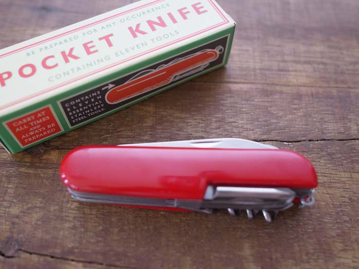 多機能ポケットナイフ